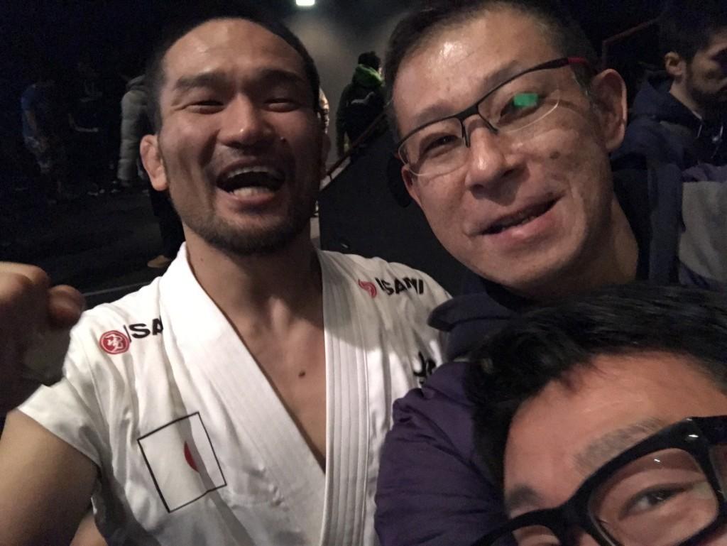 試合直後の菊野選手と一緒に行ったラフティング元世界チャンピオンの池田さんと